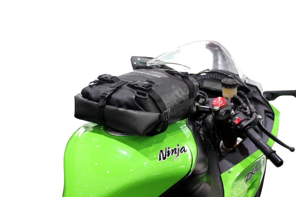 moto sac motorcycle universal 10l dry tank rear bag kawasaki klr650 klx250 ebay. Black Bedroom Furniture Sets. Home Design Ideas